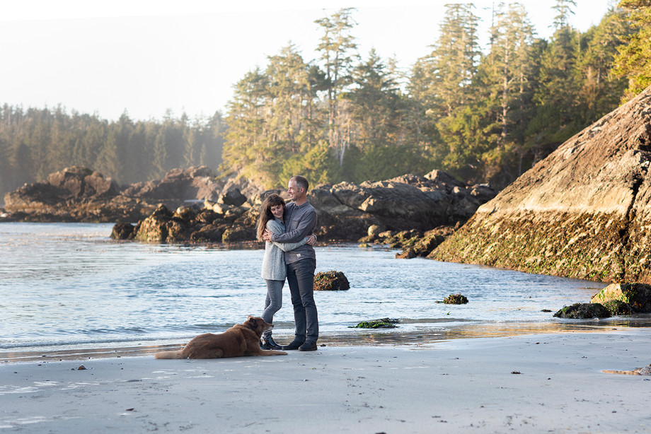 Anniversary Photos in Tofino || Angela & Ryan