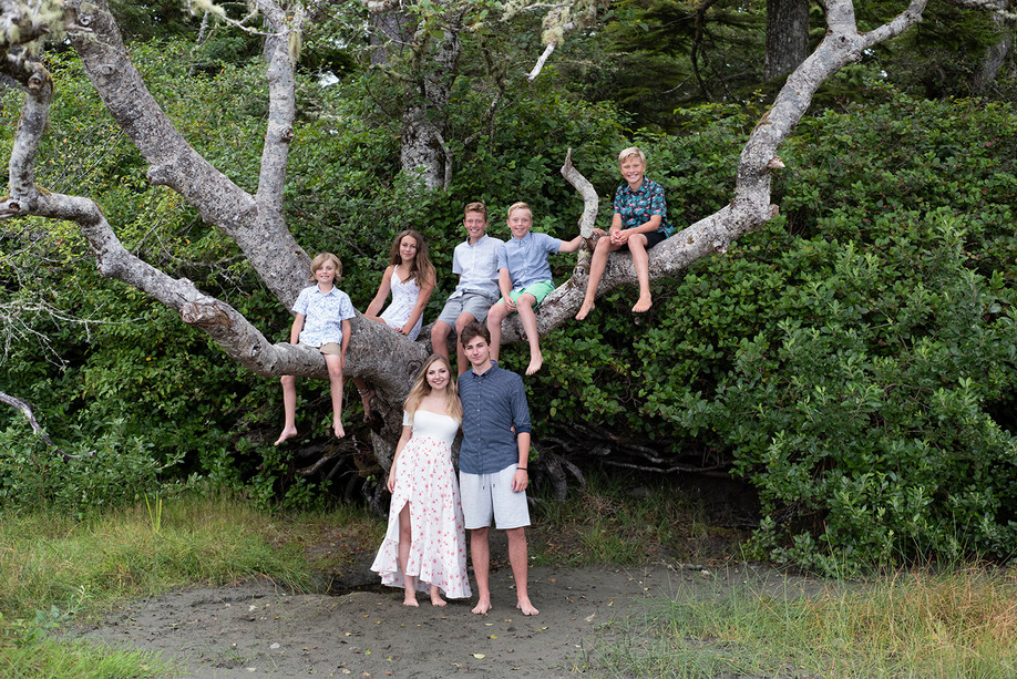Family Photos in Tofino || Brown Family || Middle Beach
