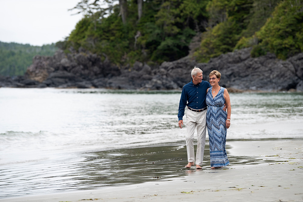 Couple celebrates their anniversary in Tofino. Photographed by Tofino photographer Katlyn Shea.