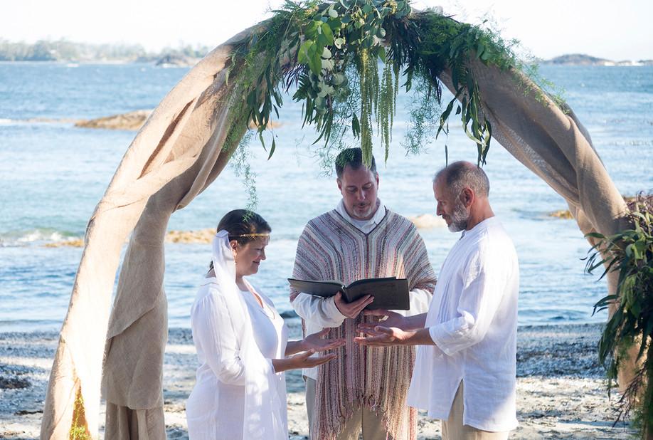 Wickaninnish Wedding Tofino at Shell Beach || Catherine & John