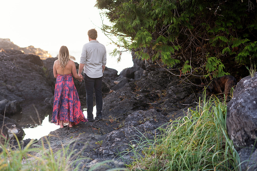 engagement photos tofino. Photographed by Kaitlyn Shea