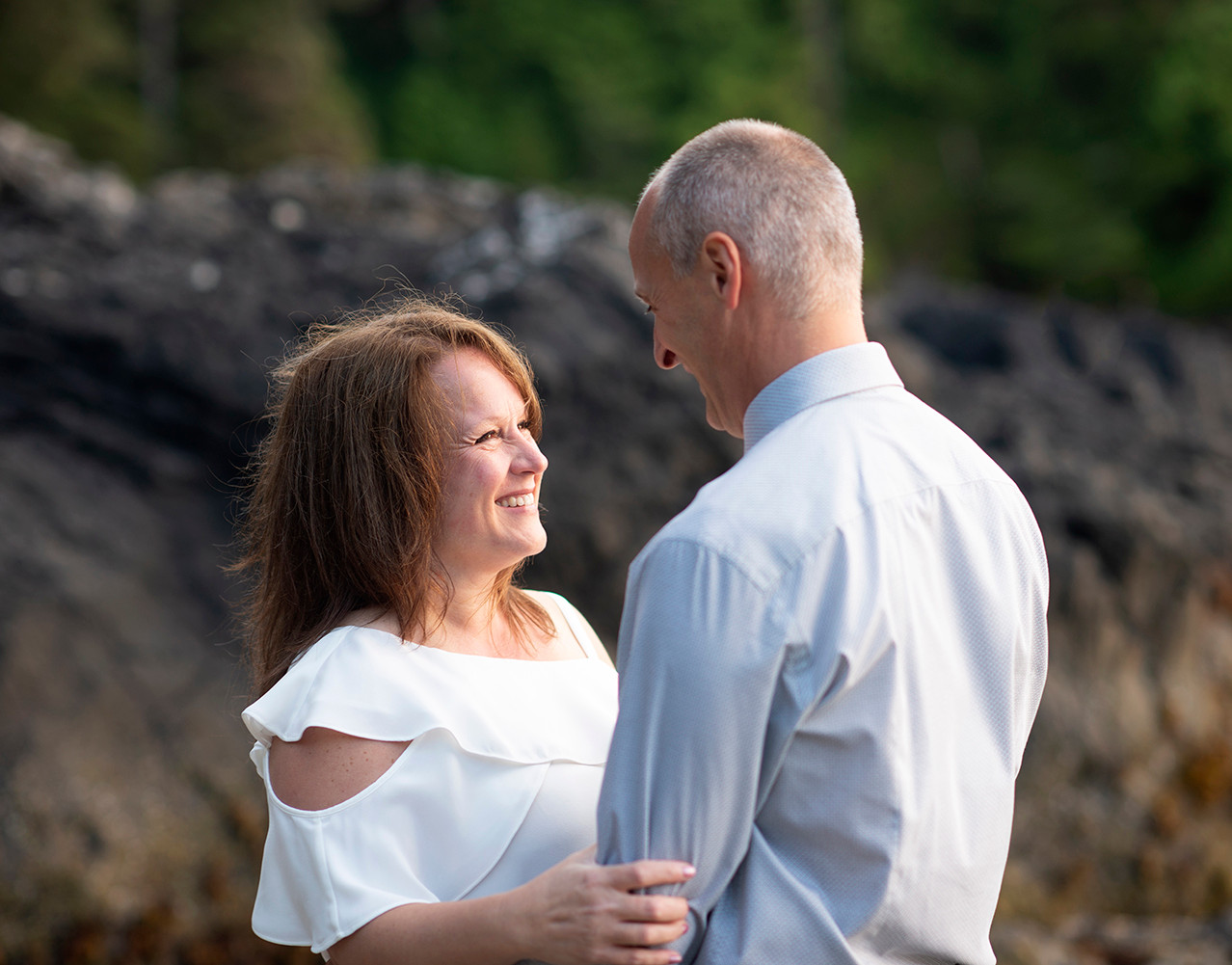wedding-photographers-tofino-9406