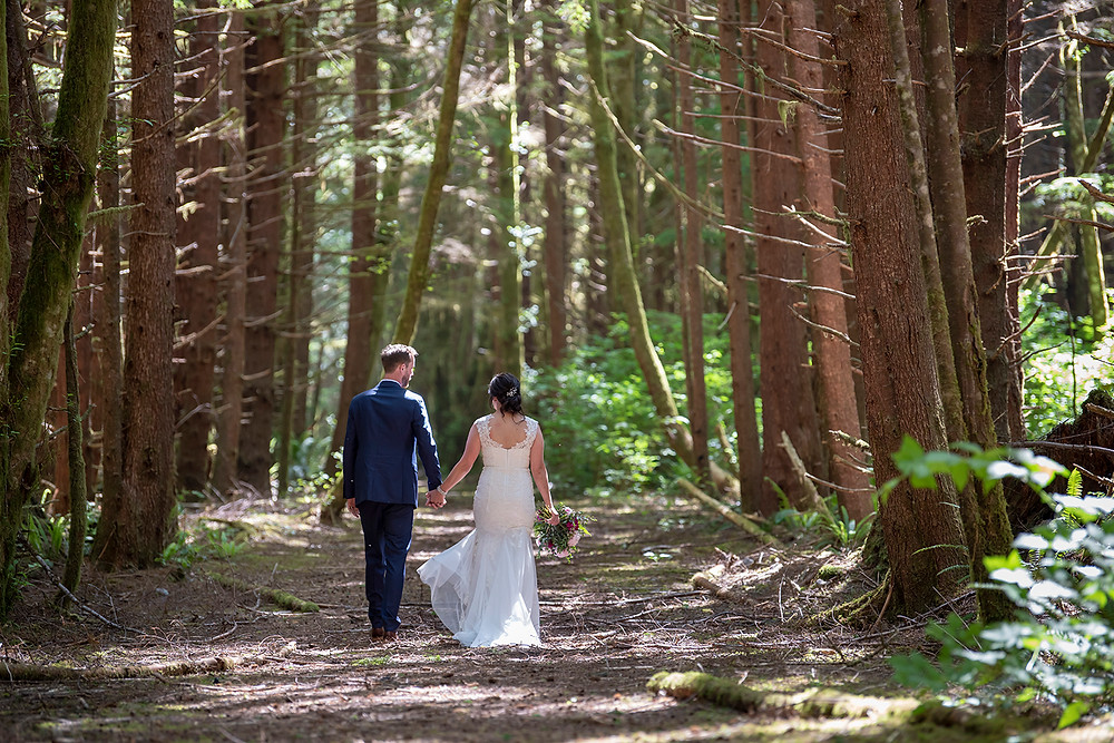 Intimate forest wedding in Tofino. Photographed by Kaitlyn Shea.