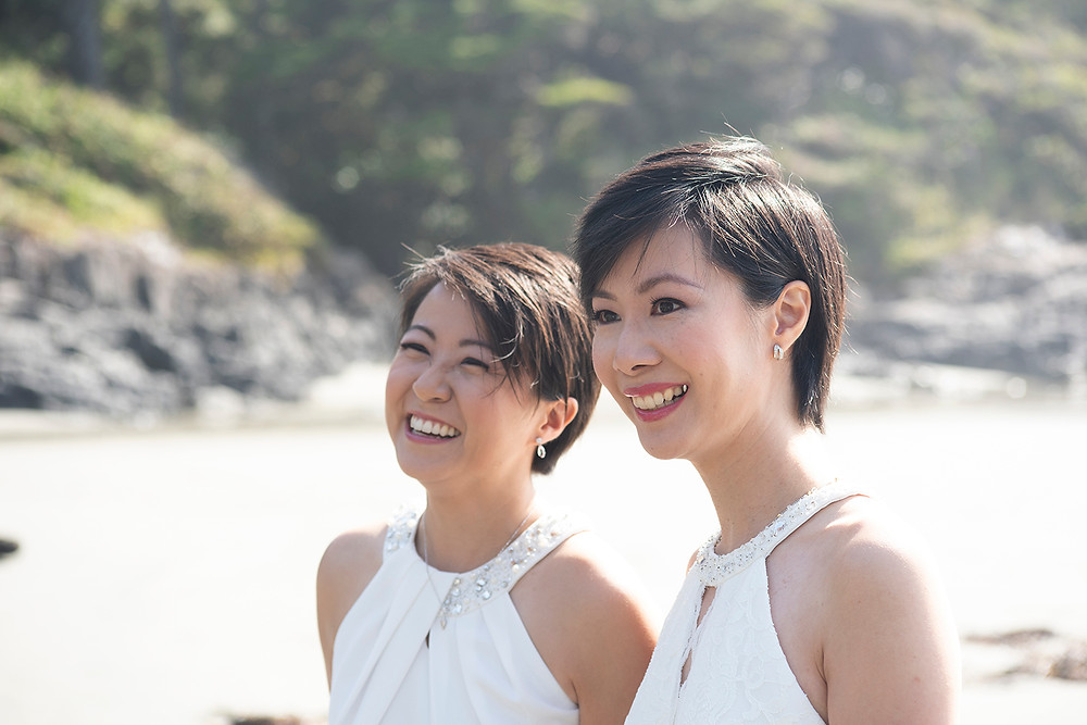 Destination wedding in Tofino on Chesterman Beach. Photographed by Kaitlyn Shea.