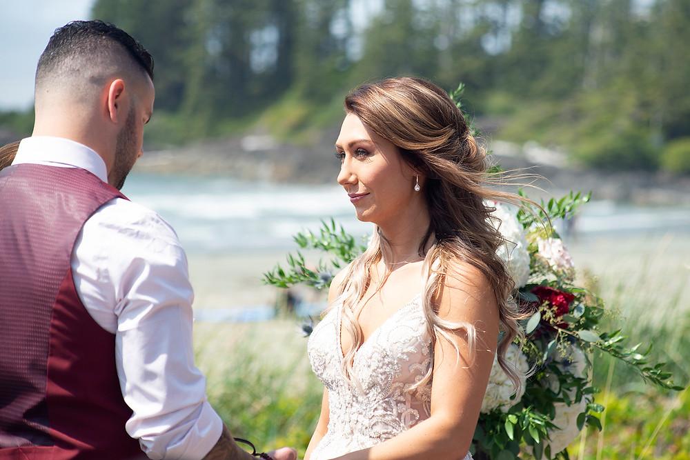 beach wedding at Long Beach Lodge Tofino. Photographed by Kaitlyn Shea