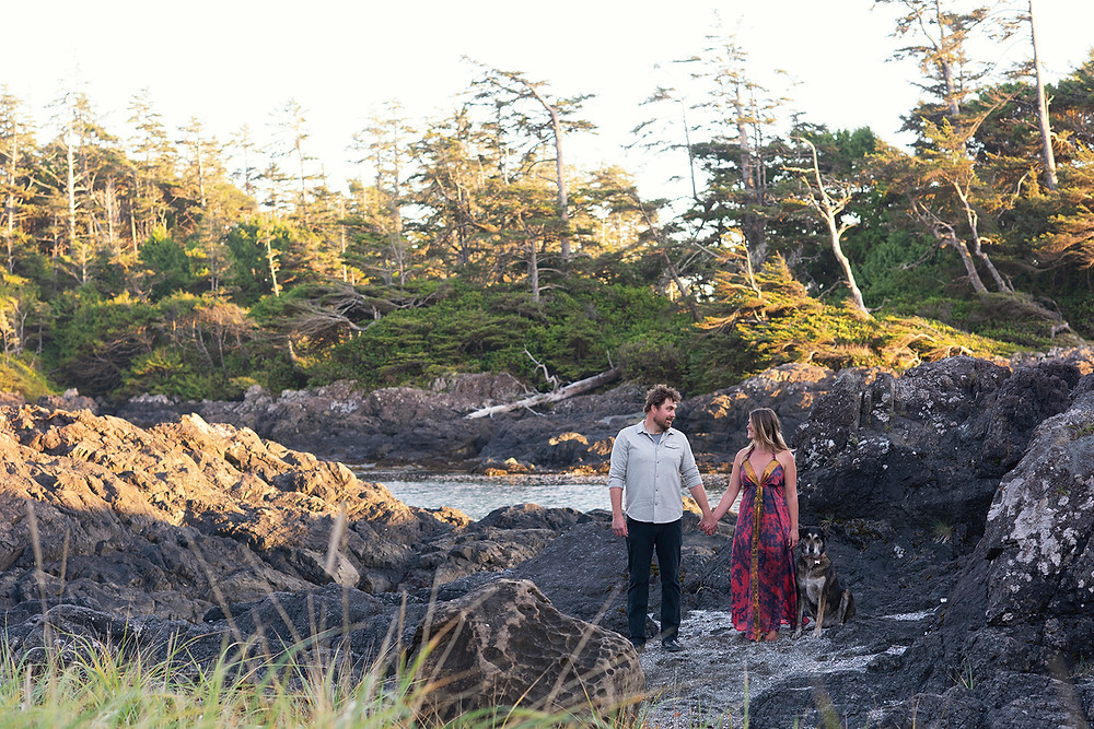 beach engagement in Tofino. Photographed by Kaitlyn Shea
