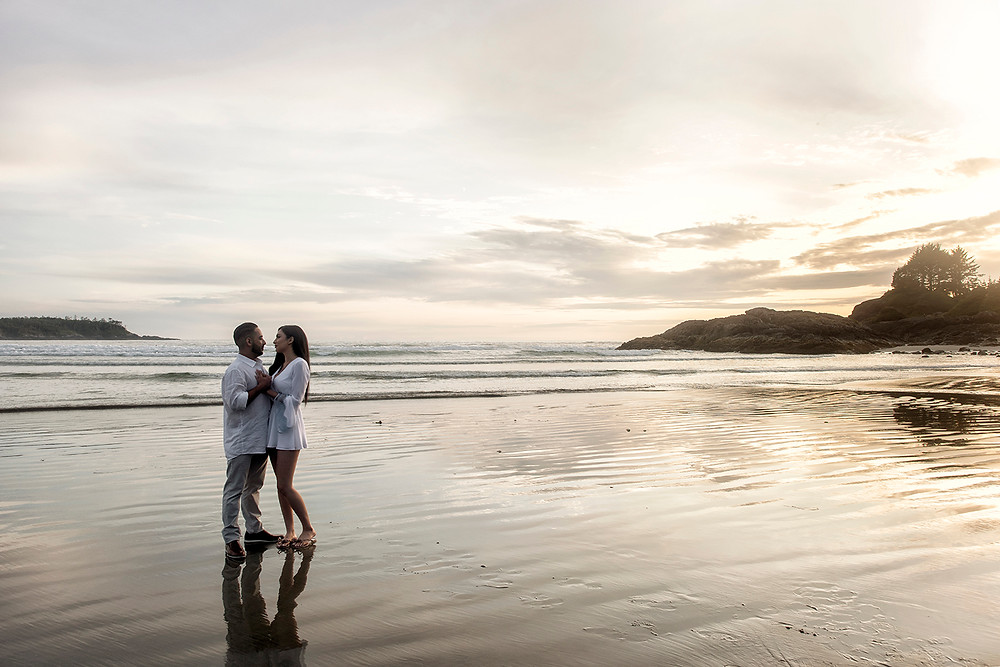 Sunset proposal at Cox Bay in Tofino. Photographed by Kaitlyn Shea.