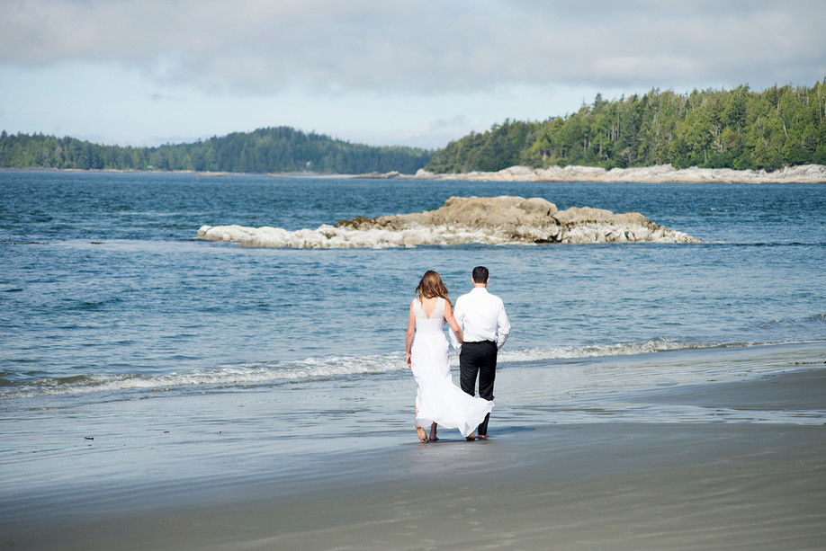 Best Tofino Airbnbs for a Romantic Getaway