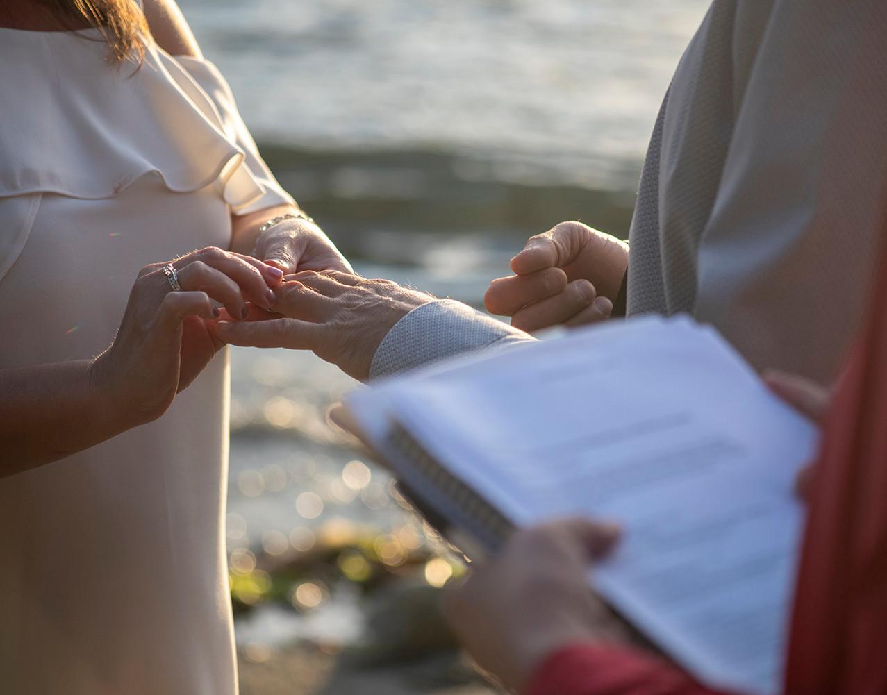 wedding-photographers-in-tofino-0282