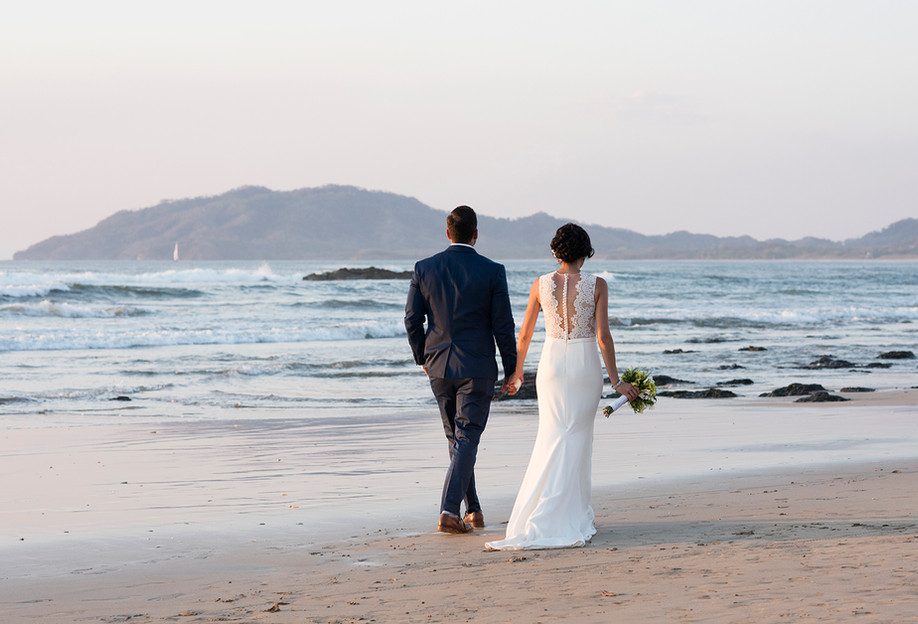 Tamarindo Beach Wedding || Amy & Matthew