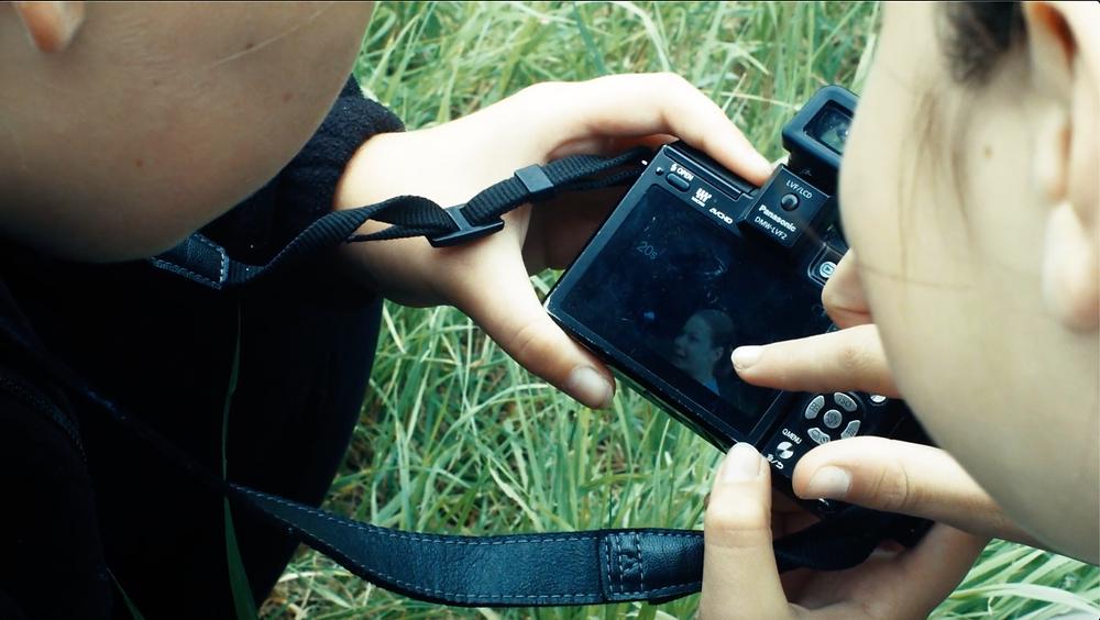 Kinder im Ganztagsangebot filmen selbst