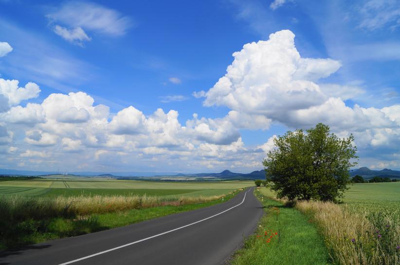 ...a to je ta krásná země...