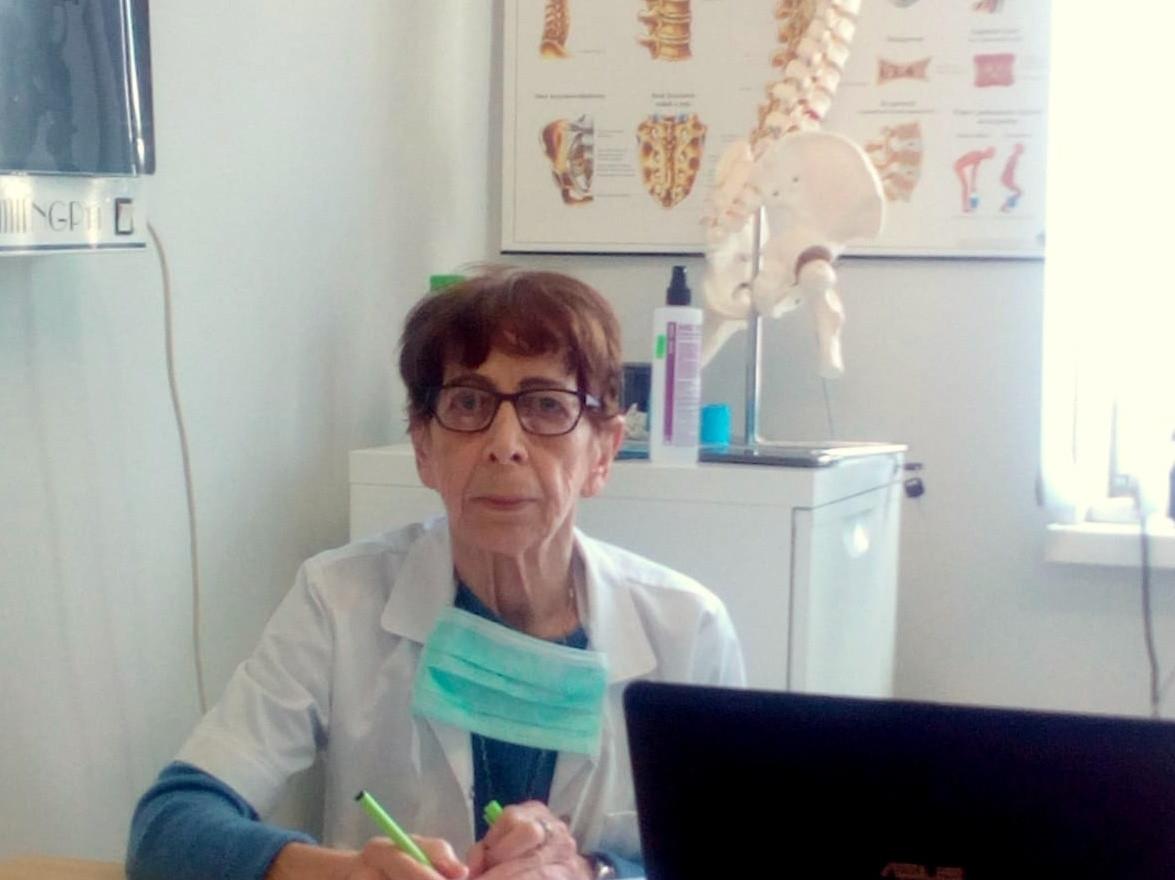 dr Barbara Gołębiowska