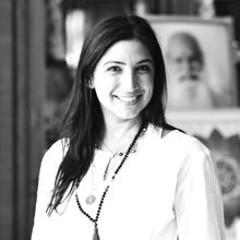 Hersha Chellaram is a licensed practitioner and experienced Yoga Teacher from Hong Kong