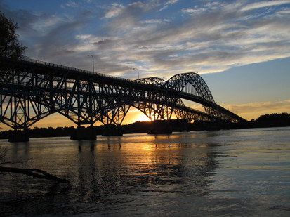 South Grand Island Bridge