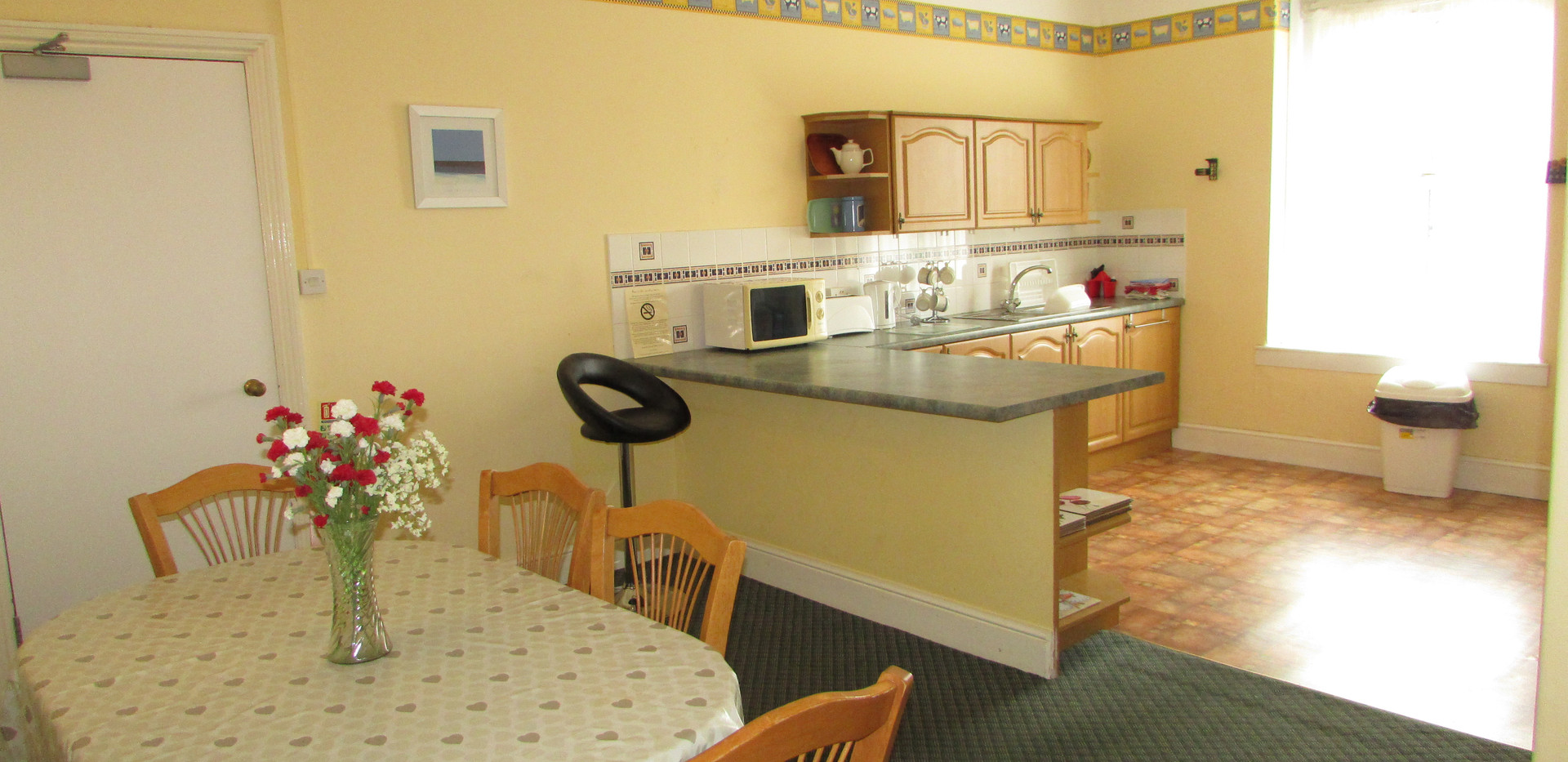 Apartment 11 - Kitchen/Dining Room