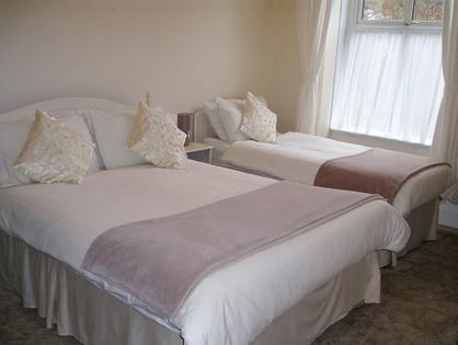 Apartment 8 - Bedroom