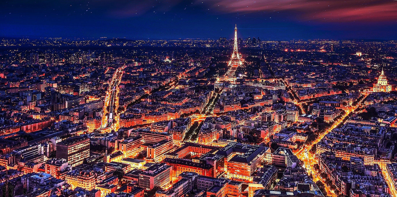 paris-1836415_edited.jpg