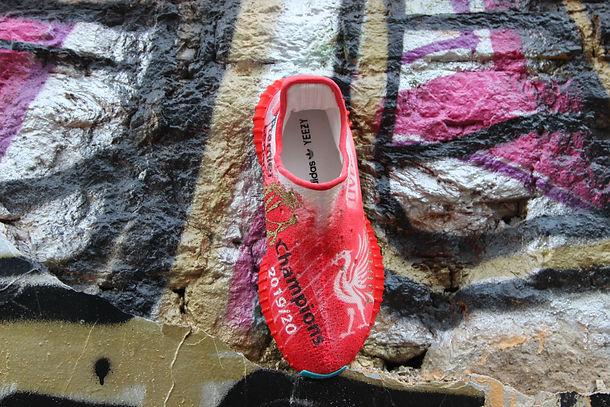 Liverpool custom yeezy 350 woodigram