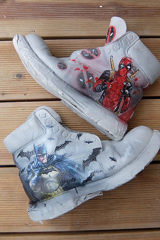 0-batman-deadpool-woodigram-timberland-c