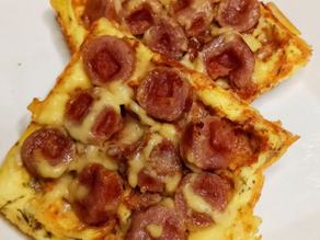 Low Carb Sausage Pizza - Chaffle Recipe