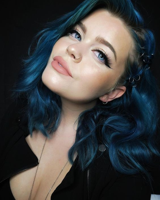Fall Winter 2018 Hair Color Trends #jeweltones #rainbowhair