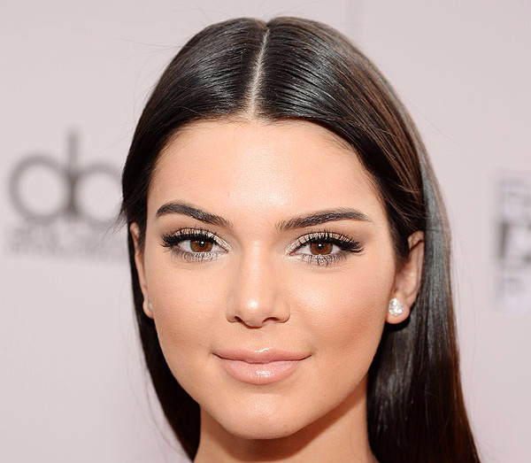 It's Makeup Time! Tips for Teen Makeup #kendalljenner