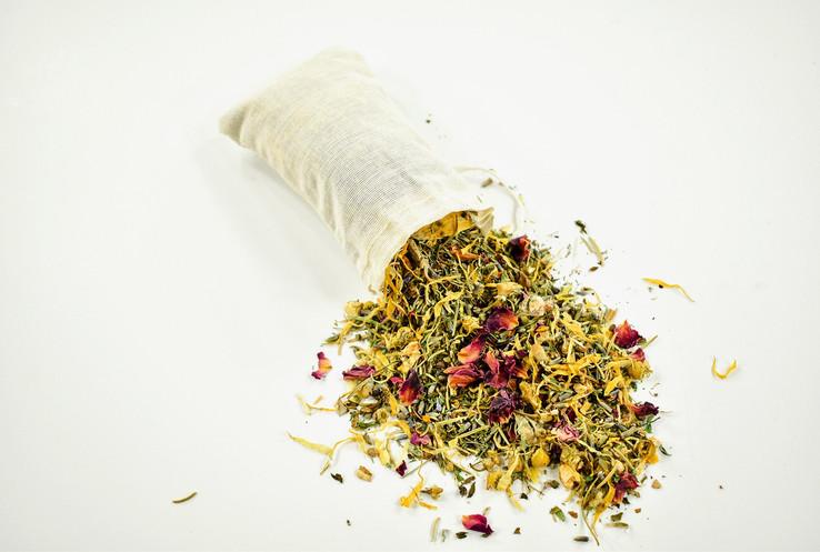 Muslin bag + herbs