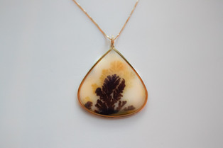 14kt Gold Natual Indian Dendrite Pendant and Chain.  Price: $1400
