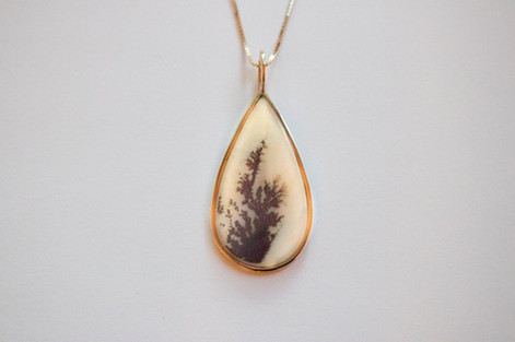 14kt Gold Teardrop Dentrite Pendant and Chain $850