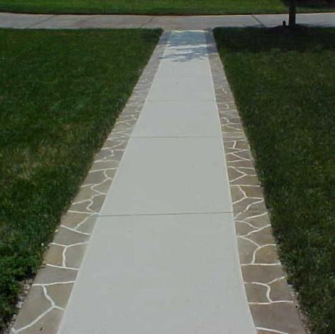 Walkway/Sidewalk