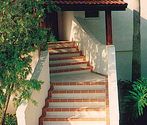 Decorative Concrete_Entrance_Stairs