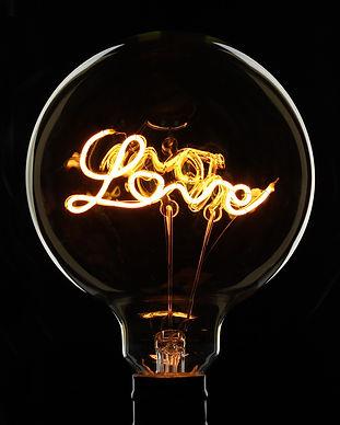 love檯燈.jpg