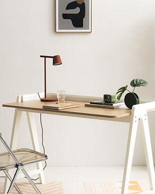 北歐風格書桌.jpg