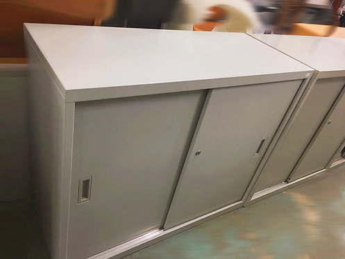 二手 鐵櫃 趟門 文件櫃(連鑰匙)