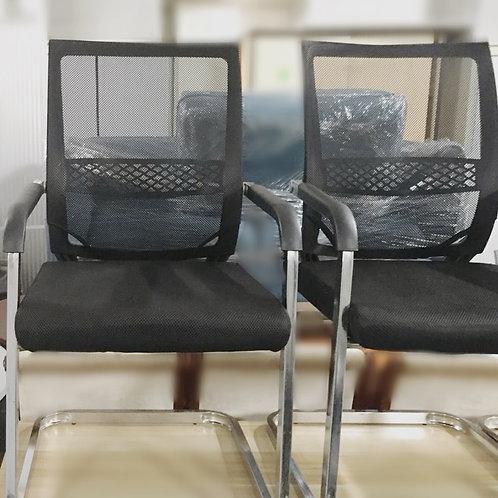 二手黑色弓型腳 網狀透氣 會議椅