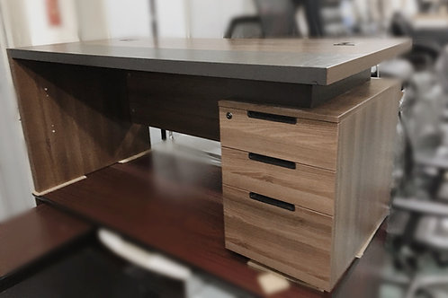 二手 木紋大班桌 辦公桌 有櫃桶