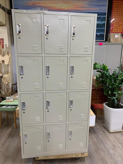 二手灰白色12門Locker儲物櫃