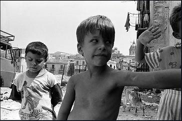 christophe avella bagur, italie palerme centre avec enfants2.jpg