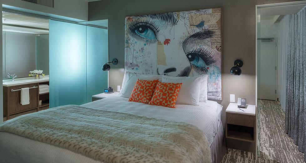 Hotel Eastlund Suite1 w view of   vanity