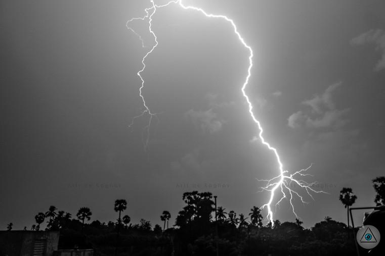 Lightning (4).jpg