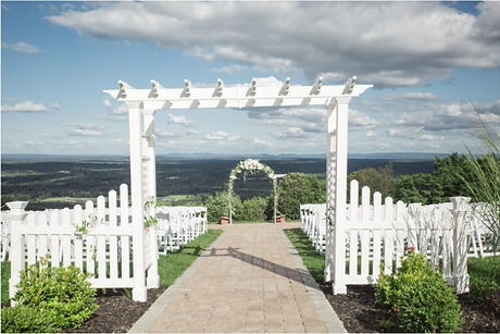 eaglesnest-bloomingburg-ny-summer-weddin