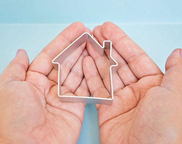 house-is-in-safe-hands@KiraYan via Twent