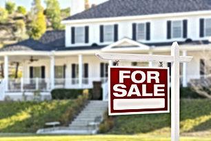 شقتين ارضي عظم غير مشطبة للبيع في اليادودة مساحة كل شقة 120 م