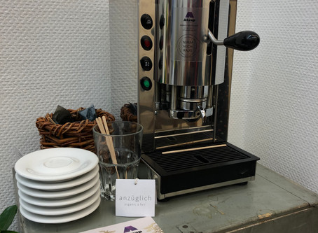 Kaffee Ecke bei Anzüglich - organic and fair, Mariahilfer Strasse 22-24
