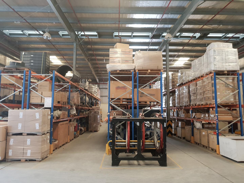 warehouse_image4.jpg