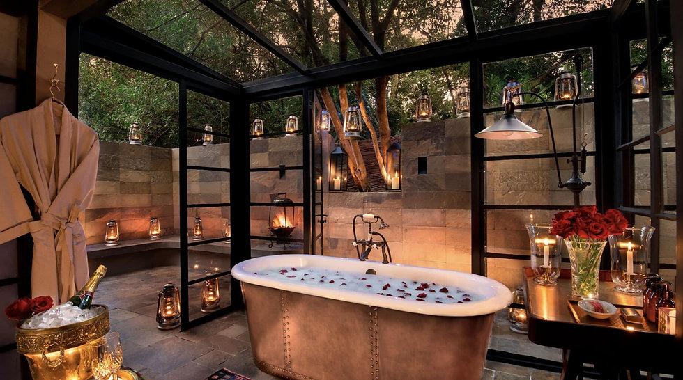 bateleur camp guest suite bath