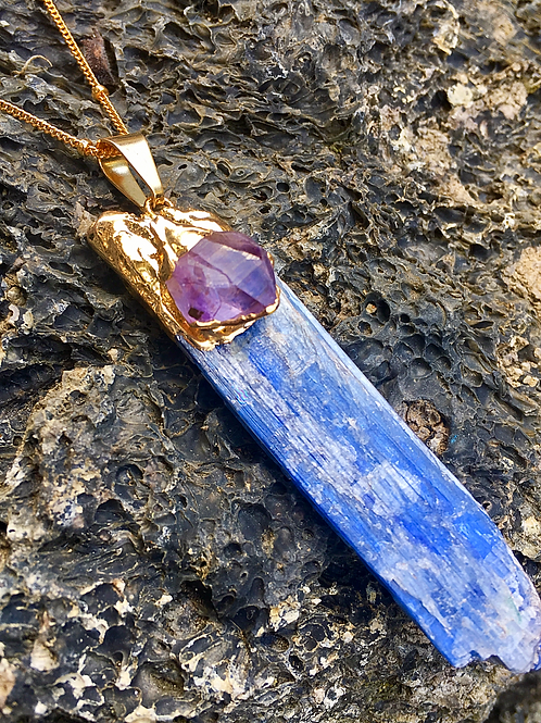VIBRATE HIGHER BLUE KYANITE AMETHYST NECKLACE