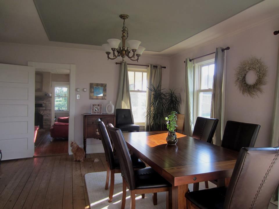 shubie farmhouse dining room2