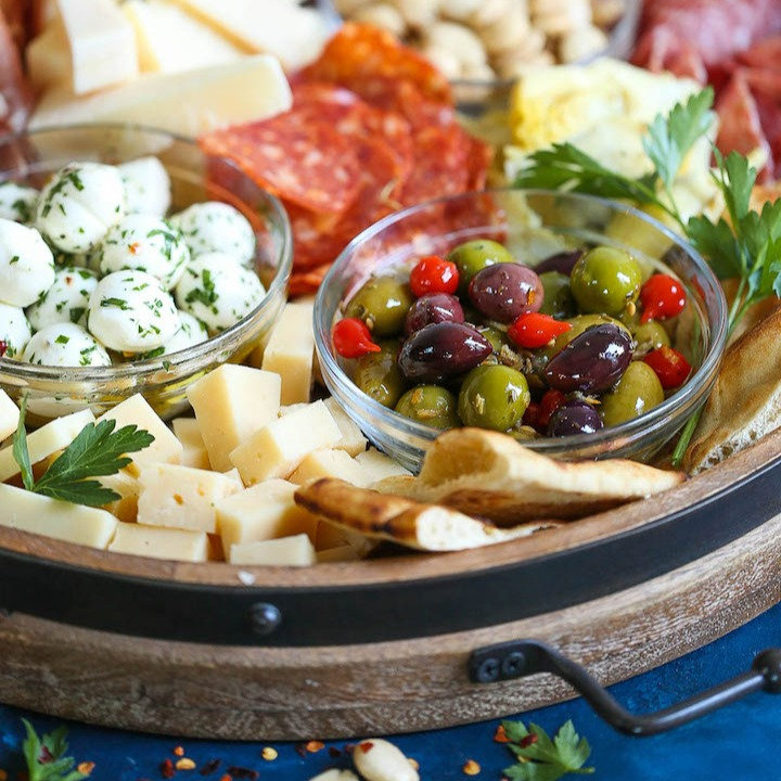 Antipasto-Appetizer-Cheese-BoardIMG_2774